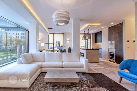 Luxury 2 bedroom apartments for sale in Berlin. Exclusive penthouse with a terrace and panoramic views of the city not far from the Brandenburg Gate, Mitte, Berlin