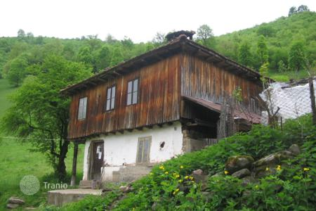 Houses for sale in Teteven. Detached house - Teteven, Lovech, Bulgaria