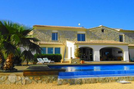 Property to rent in Costa Blanca. Villa – Alicante, Valencia, Spain