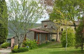 Villas and houses to rent in Tuscany. Villa – Radda In Chianti, Tuscany, Italy