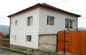 4 bedroom houses for sale in Sofia region. Detached house – Raduil, Sofia region, Bulgaria