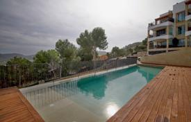 3 bedroom apartments for sale in Majorca (Mallorca). Beautiful apartment with a terrace in a residential complex with a garden, a swimming pool and a parking, Port d'Andratx, Spain