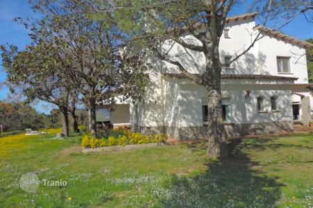 Houses for sale in Argentona. Villa – Argentona, Catalonia, Spain