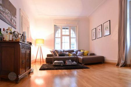 3 bedroom apartments for sale in Baden-Wurttemberg. Comfortable apartment in a historic building in Ulm