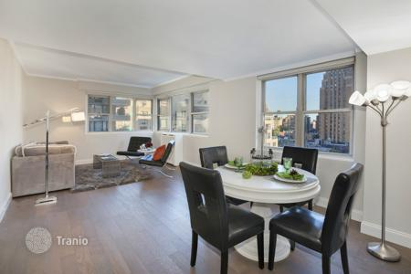 Apartments to rent in Midtown Manhattan. East 49th Street