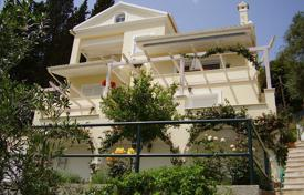 5 bedroom houses for sale in Administration of the Peloponnese, Western Greece and the Ionian Islands. Villa – Corfu, Administration of the Peloponnese, Western Greece and the Ionian Islands, Greece