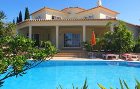 Houses for sale in Faro. Immaculate 4 Bedroom Villa with Sea Views near Carvoeiro