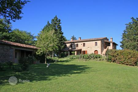 6 bedroom houses for sale in Umbria. Prestigious country house in Città della Pieve, Umbria