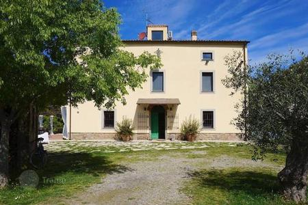 Luxury 4 bedroom houses for sale in Scarlino. Villa – Scarlino, Tuscany, Italy