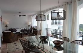 "Exquisite duplex ""turnkey"" apartment on the ground floor, Marbella East, Andalusia, Spain for 384,000 €"