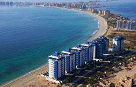 Cheap property for sale in Murcia. Front line beach apartment in La Manga del Mar Menor