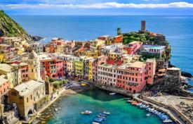 Luxury penthouses for sale in Liguria. Three bedroom apartment with sea and mountain views in Portovenere, Liguria, Italy