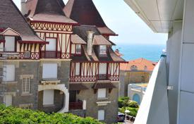 Property for sale in Aquitaine. Seaview studio-apartment in a prestigious residence near the Miramar hotel, Biarritz, France
