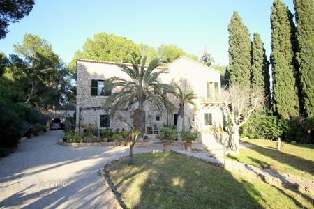Property for sale in Balearic Islands. Villa – Calvia, Balearic Islands, Spain