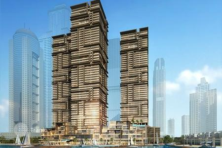 Property for sale in Western Asia. Luxurious apartment facing the marina in a new prestigious residential complex in the area of Dubai Marina