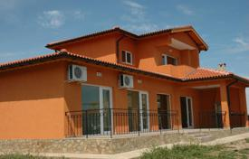 Houses for sale in Dobrich Region. Townhome – Balchik, Dobrich Region, Bulgaria