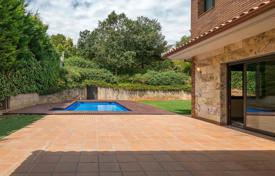 Luxury property for sale in Catalonia. Villa – Sant Cugat del Vallès, Catalonia, Spain