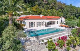Luxury 5 bedroom houses for sale in Cannes. Cannes Californie