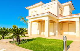 2 bedroom houses for sale in Cyprus. Villa – Agios Tychon, Limassol, Cyprus