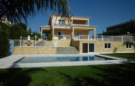 Houses with pools for sale in Faro. Villa – Alcantarilha, Faro, Portugal
