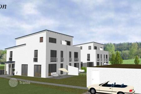 Off-plan houses for sale in Bavaria. Two-family house in Starnberg
