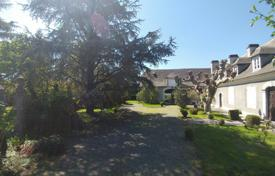 Property for sale in Lourdes. Historic villa with a garden and a barn, next to Pyrenean National Park, Lourdes, France