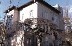 Luxury houses for sale in Graz. Beautiful villa in one of the best areas of Graz
