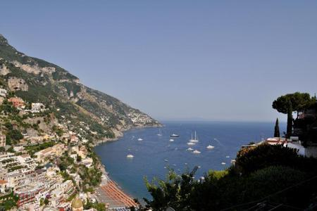 Luxury houses for sale in Positano. Ancient apartment in Positano