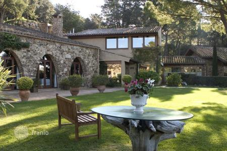 Residential for sale in Mont-ras. Country seat – Mont-ras, Catalonia, Spain