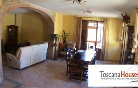 5 bedroom houses for sale in Siena. Villa – Siena, Tuscany, Italy