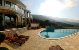 Luxury apartment in a new complex with a swimming pool and a parking, Becici, Montenegro for 475,000 €
