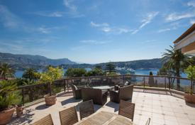 Luxury 4 bedroom apartments for sale in Nice. Breathtaking sea view, facing Cap Ferrat