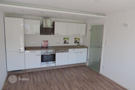 Property for sale in Germany. Fully renovated three bedroom apartment with balcony in Fürstenried, Munich