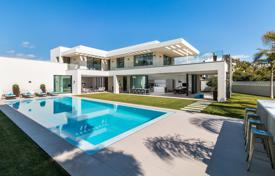 New furnished villa 100 m from the beach, Marbella, Costa del Sol, Spain for 5,450,000 €