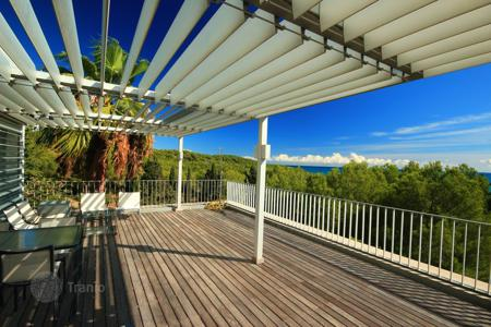 5 bedroom houses for sale in Sant Pere de Ribes. Villa – Sant Pere de Ribes, Catalonia, Spain