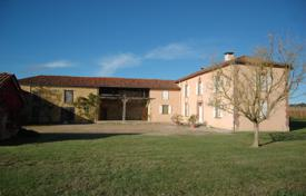 2 bedroom houses for sale in France. Country villa with outbuildings, in a quiet area, with spectacular views of the valley, Hautes-Pyrénées, France