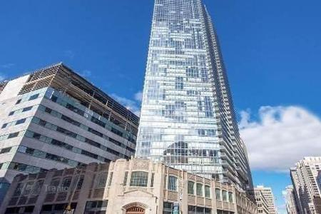 Property for sale in Canada. Apartment in a condominium in Toronto