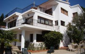 Coastal villas and houses for sale in Catalonia. Villa – Lloret de Mar, Catalonia, Spain