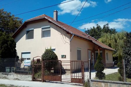 Property for sale in Fejer. Detached house – Bicske, Fejer, Hungary