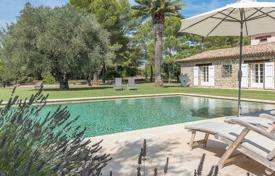 Luxury houses for sale in Muan-Sarthe. Close to Mougins — Splendid Mas
