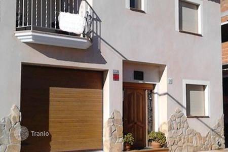 Cheap townhouses for sale in Andalusia. Terraced house – Turre, Andalusia, Spain