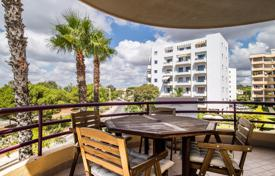Property for sale in Portugal. 2 Bedroom Apartment with Large South Facing Balcony in Prime Location, Vilamoura