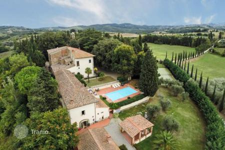 Luxury houses with pools for sale in Florence. Recently restored villa of XVII with a vinery and oil garden near Florence, Italy
