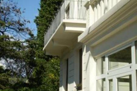 1 bedroom apartments by the sea for sale in Croatia. Cozy furnished apartment in Opatija, Croatia