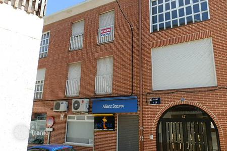 Bank repossessions property in Yunquera de Henares. Apartment - Yunquera de Henares, Castille La Mancha, Spain