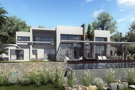 Luxury houses with pools for sale in Benalmadena. Villa – Benalmadena, Andalusia, Spain