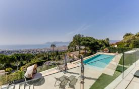 6 bedroom houses for sale in Le Cannet. Cannes — Contemporary Villa — 6 Bedrooms — Panoramic Sea View