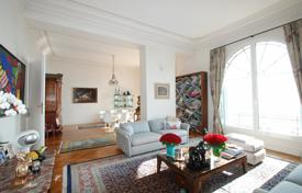 Luxury residential for sale in Beaulieu-sur-Mer. Beaulieu-sur-mer, prestigious renovated apartment of 230 m²
