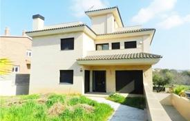 Houses for sale in Calafell. Villa – Calafell, Catalonia, Spain