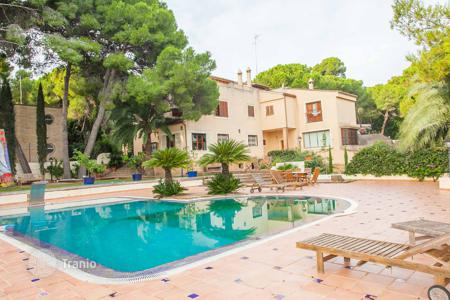 Luxury 6 bedroom houses for sale in Godella. Villa – Godella, Valencia, Spain